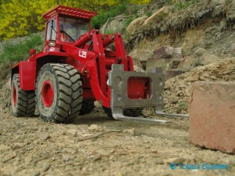 Anbaugerät Schwerlastgabel für Radlader mit BRAEKER-LOCK Schnellwechsel system | Hitch Attachment Block Handling Fork for wheel loader with quick coupler system
